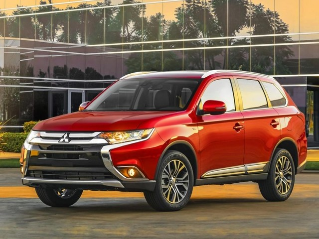 New 2018 Mitsubishi Outlander Bookings Open, India Launch Likely Soon