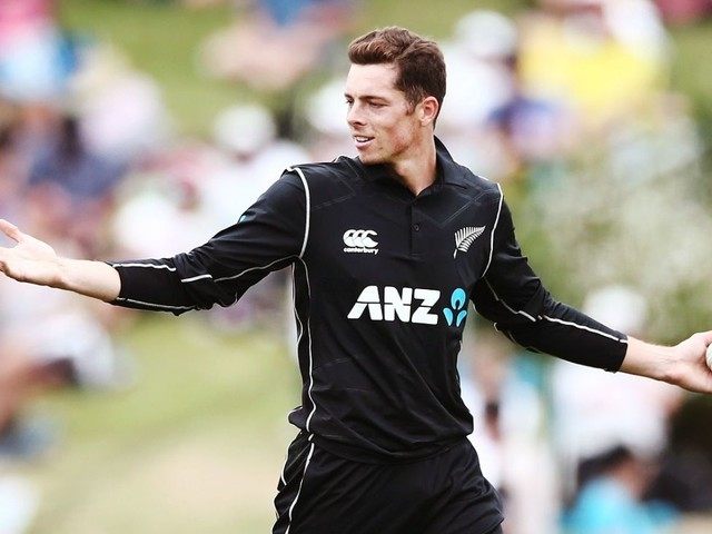 Mitchell Santner's challenge now to disguise the 'claw'