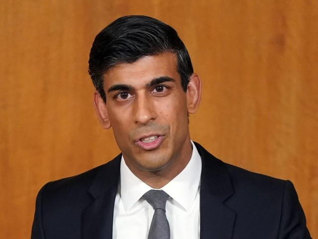 Rishi Sunak slammed for 'short-changing north' with slashed grants for pubs