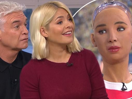 Holly Willoughby and Phillip Schofield are creeped out by world's most intelligent robot Sophia