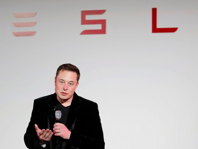 Tesla is getting dangerously distracted (TSLA)