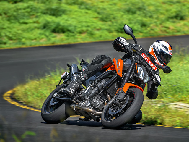 Review: KTM 790 Duke review, test ride