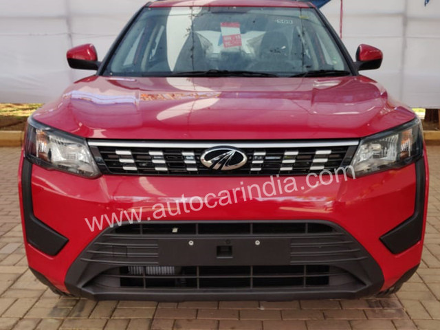 Mahindra XUV300 new images out