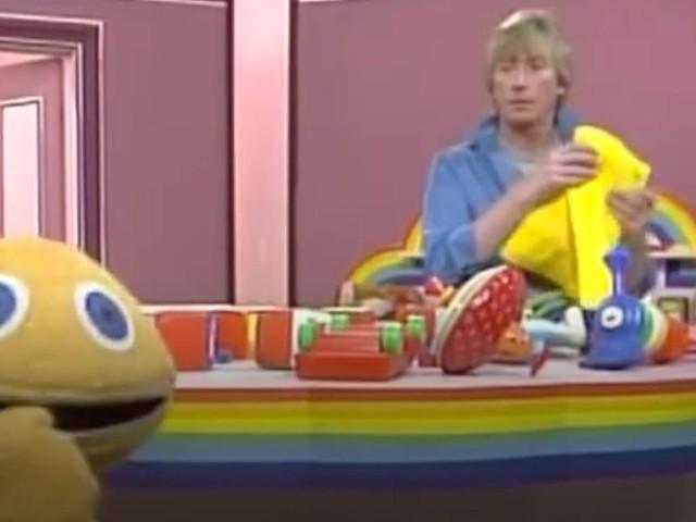 Rainbow presenter Geoffrey Hayes dies