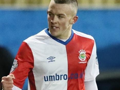 Irish Premiership: Linfield extend winning run as O'Connor double sinks Newry