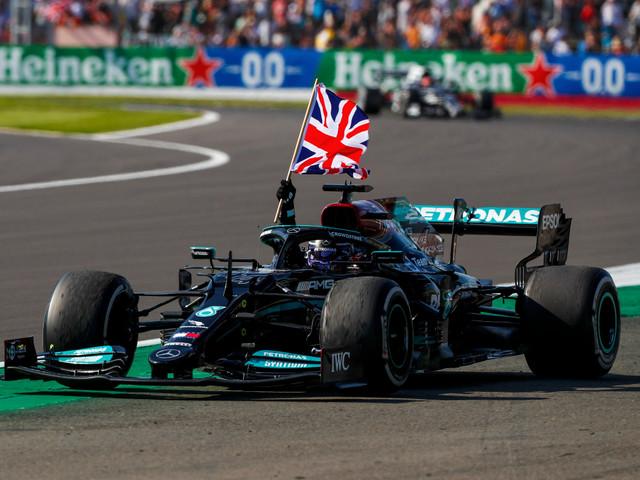 2021 F1: Hamilton defeats Leclerc to win British GP; Verstappen crashes out