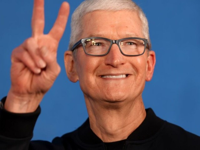 Apple vows to pay for Texas employees to travel after abortion ban