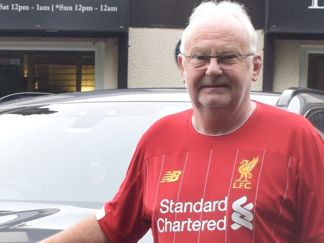 Optimistic Liverpool fans tell supporter with unique number plate to 'cash in now'