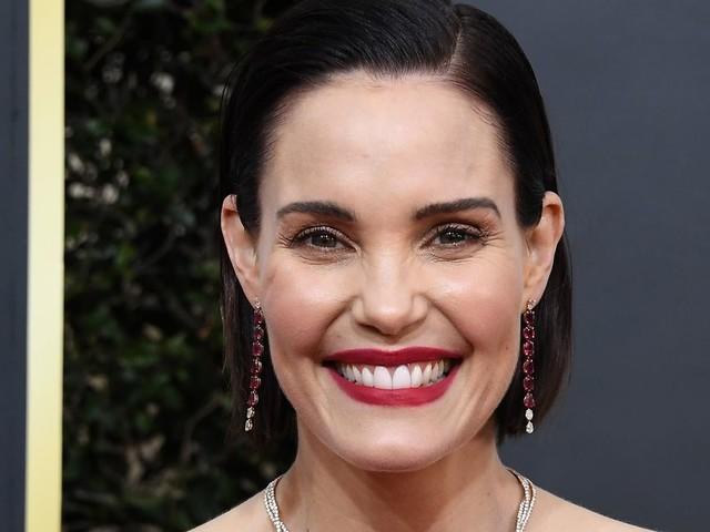 Leslie Bibb and Rachel Bloom Are Joining Hulu's Reboot
