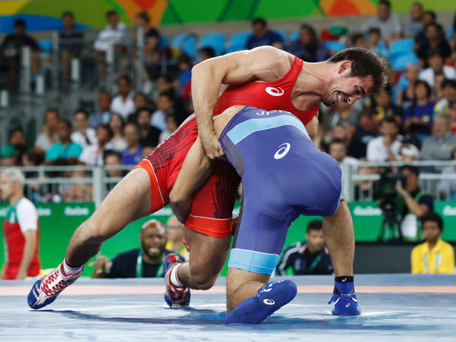 Two lose Wrestling World Championships medals after anti-doping violations