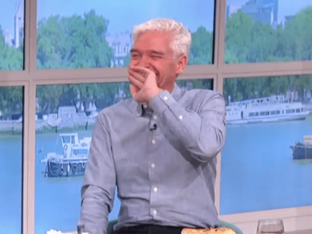 Holly Willoughby and Phillip Schofield in hysterics over cheeky gag as Phil Vickery pokes dough on This Morning