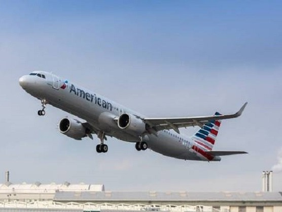 American Airlines prepares for final McDonnell Douglas MD-80 farewell