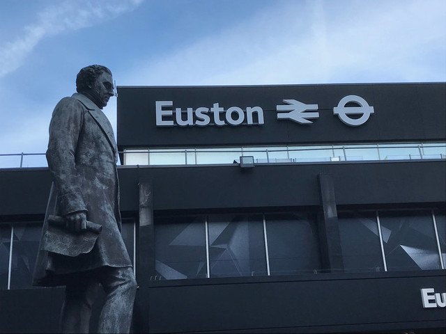 Avoid Euston Station This Easter, The Trains Are All Cancelled