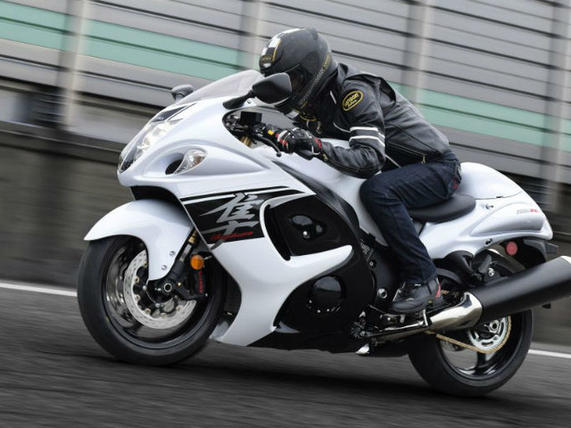 Suzuki To Launch Hayabusa Creed India Club Tomorrow On World Hayabusa Day