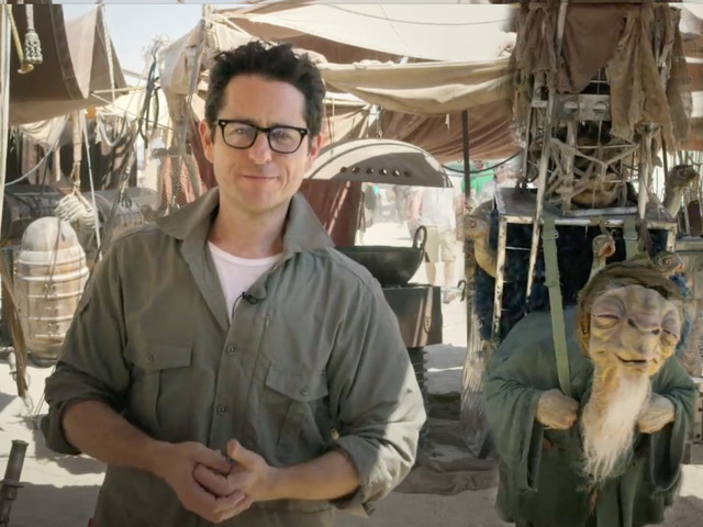 Movie Talk: 'Star Wars: Episode IX' Story Pitched By J.J. Abrams
