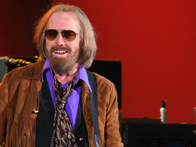 Concert Review: Tom Petty Wraps Up Retrospective Tour With Galvanizing Hollywood Bowl Stand