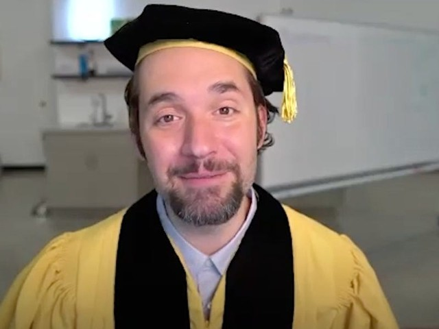 Watch Reddit cofounder Alexis Ohanian's funny and heartfelt commencement speech to the 2020 graduates: 'Any investment you make in the best people in your life right now will pay massive dividends.'