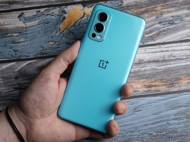 OnePlus Nord 2: An impressive 5G phone with a budget-friendly starting price - CNET