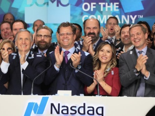 A tale of two companies: Domo's stock skyrocketed 21%, while Cloudera's stock dropped almost 20%. Here's why Wall Street is paying close attention to both (DOMO, CLDR)
