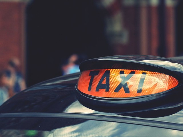 Taxi drivers could face tougher security checks