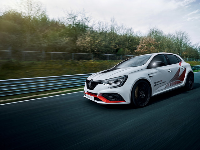 Renault Megane RS Trophy-R - now the FWD Spa lap record has fallen
