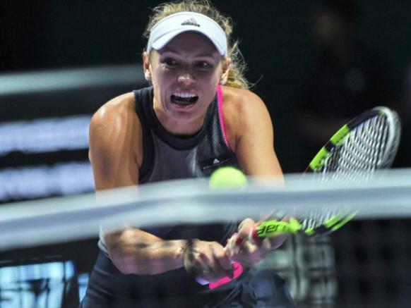 Venus Williams, Wozniacki set for WTA season-end final