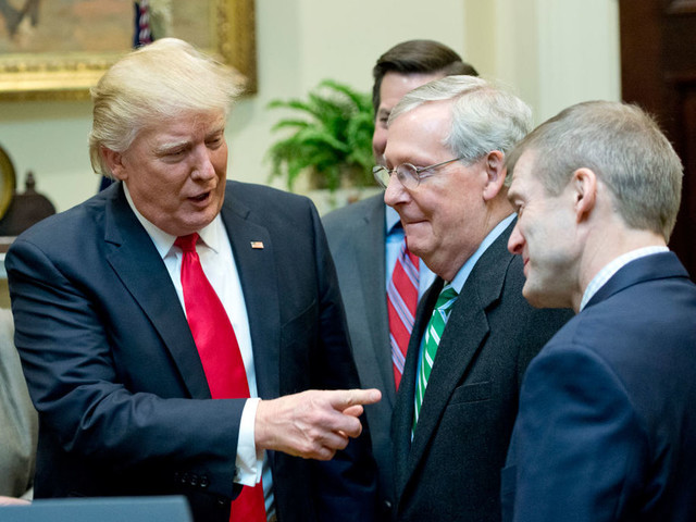Republican senators bussed to White House to talk to Trump