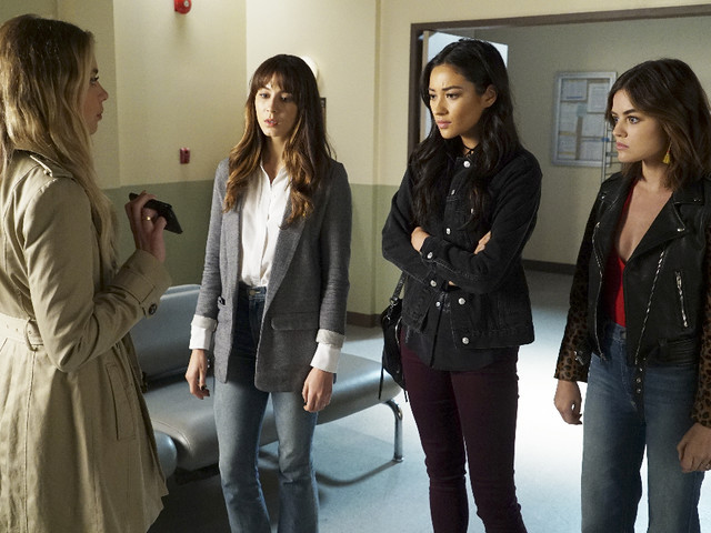 There's a Wedding and a Death in 'Pretty Little Liars' Season 7, Episode 13