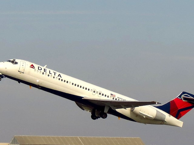 The Boeing 717 was once a failed plane airlines didn't want to buy. Here's why it's now my favorite jet. (BA)