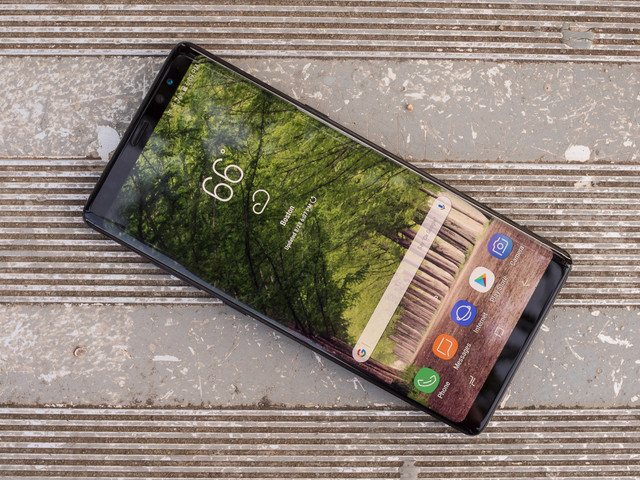Save $200 on the Galaxy Note 8 with this awesome Amazon deal