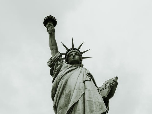 America Was Never Home: How Christian Exiles Love a Nation Like Ours