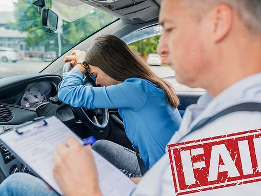 The 10 most common reasons why learners failed their driving test last year