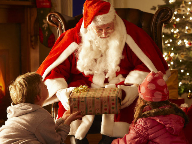 Santa's Grotto 2017: The Best Places To Meet Father Christmas In London and the UK