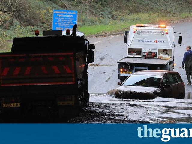 Floods in north-west England prompt criticism over missing defences