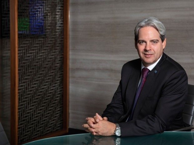 Hutchinson appointed chief executive of Rotana