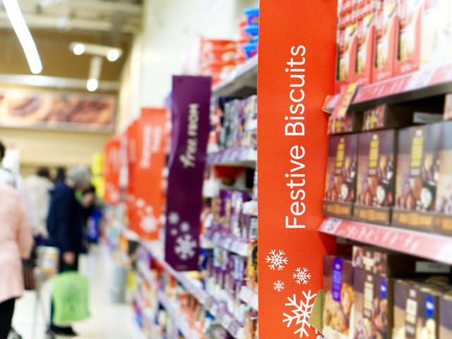 Shops will be able to open 24 hours a day in Christmas run-up