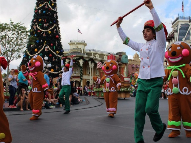 I spent my summer working at Disney World — here are 21 things you didn't know about the parks