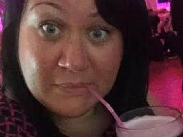 Oldbury holidaymaker's hell as TUI hotel shower door EXPLODES leaving glass in her leg