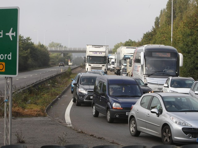 COMMENT: Traffic problems no surprise to long-suffering motorists here