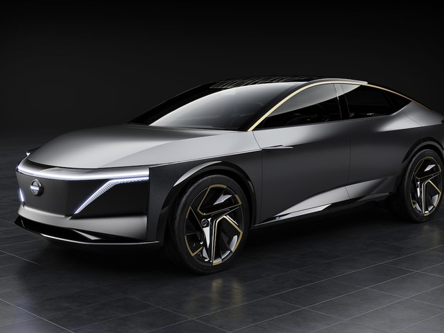Nissan IMs Concept is a High-Riding Electric Sedan