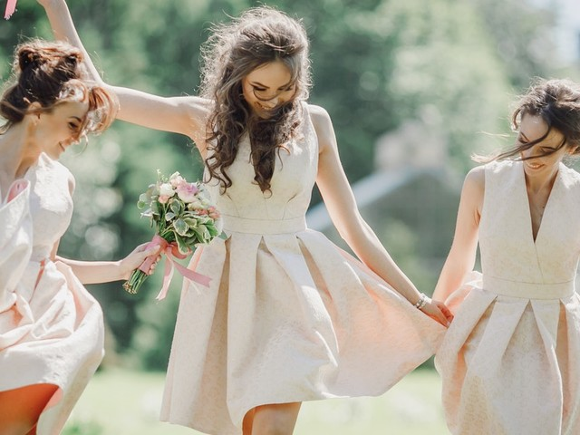 15 Instagram Captions For Wedding Photos (When You're Not The Bride)