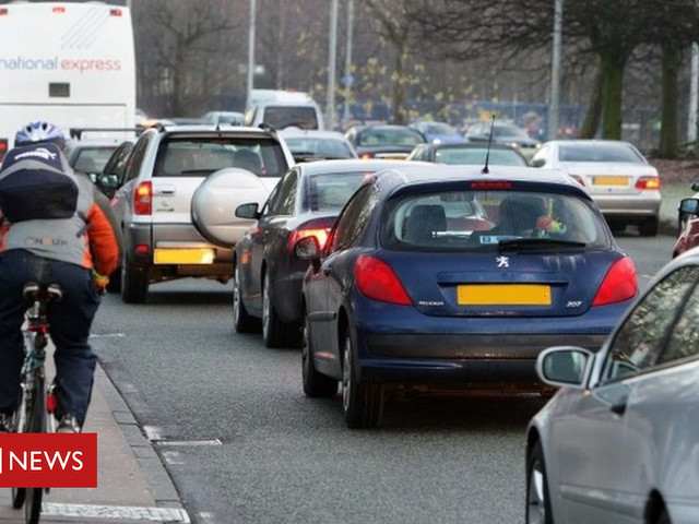 MPs warn of 'poisonous air' emergency costing £20bn a year
