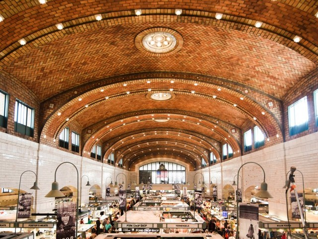 27 incredible food halls in the US that you should visit in your lifetime
