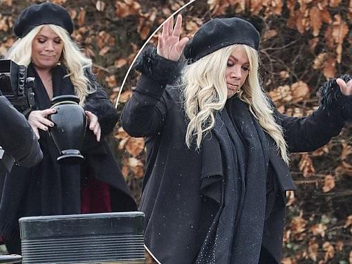 EastEnders SPOILER: Sharon dumps her late father Gavin's ashes in the BIN