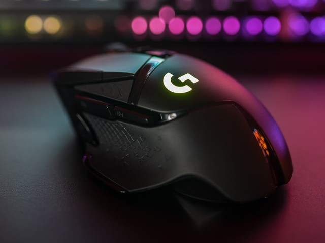 Logitech's newest wireless gaming mouse supports wireless charging and has 11 customizable buttons — it's great for non-gamers too