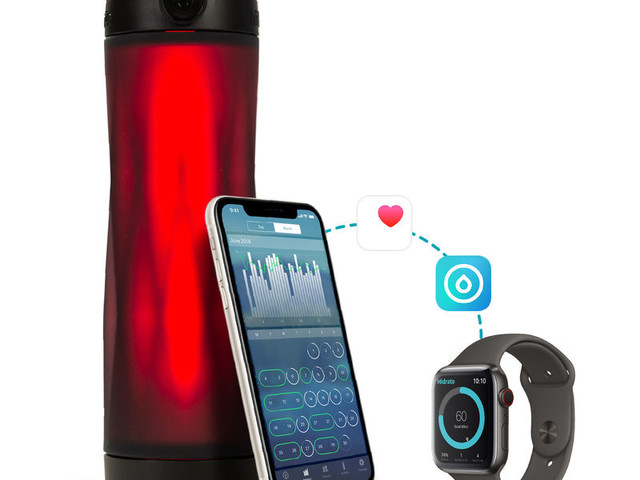 Glowing App-Enabled Water Bottles - The HidrateSpark 3 Syncs with the Apple Watch & the Hidrate App (TrendHunter.com)
