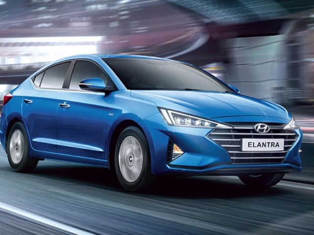 Hyundai Elantra BS6 Diesel Launched, Priced From Rs. 18.70 Lakh