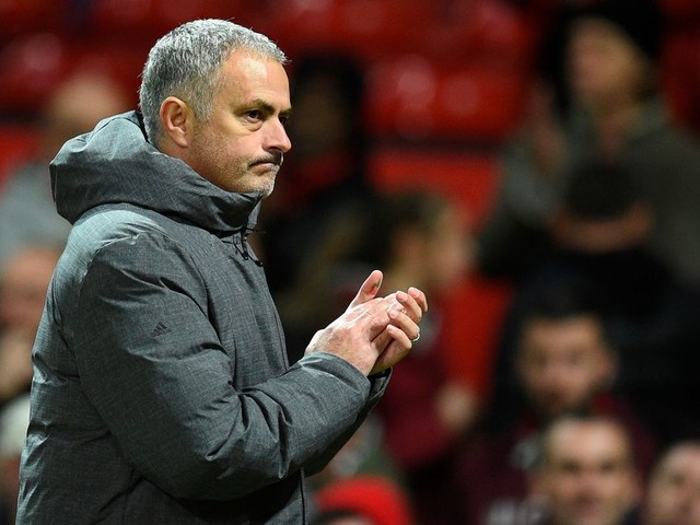Manchester United manager Jose Mourinho to get FOUR big signings and more transfer rumours