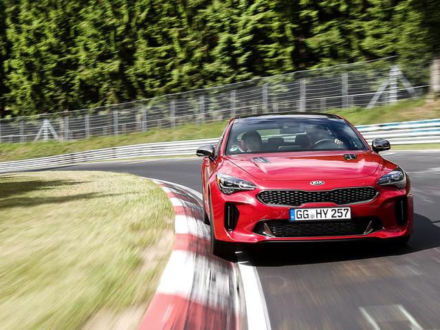 Kia Stinger GT 2018 review