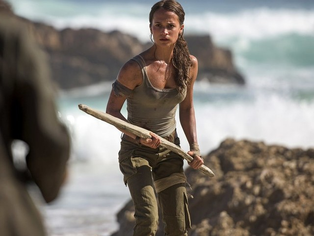 The first trailer for the new Tomb Raider movie shows Alicia Vikander's take on Lara Croft
